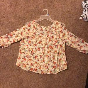 Blossom flour blouse gently worn